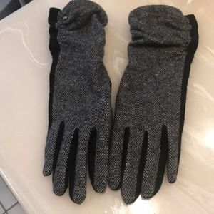 Like New Ralph Lauren Gloves, Large